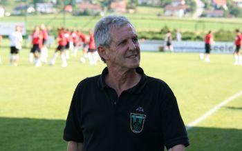 Horst Braun blickt in eine, aus sportlicher Sicht, rosige Zukunft im Tiroler Frauenfußball